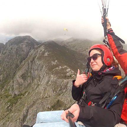 Kotor-paragliding-tandem (2)