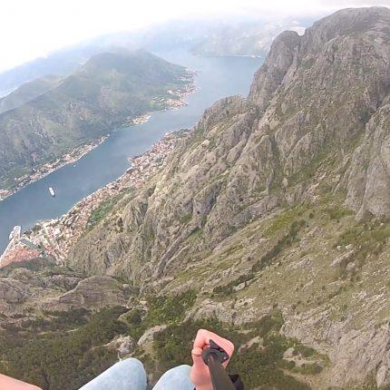 Kotor-paragliding-tandem (3)