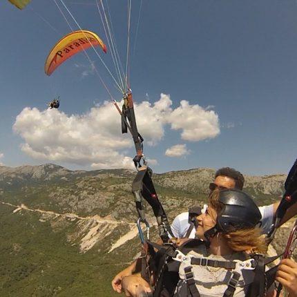 Budva-paragliding-thermal-flight (2)